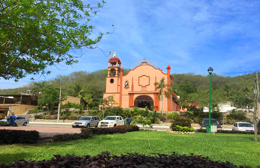 hotel Bahia huatulco mexico beach vacations downtown church magic town